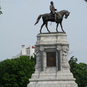 William G. Thomas III, Statue of Robert E. Lee, Monument Avenue, Richmond, Virginia, 2011.