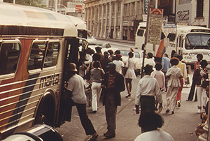 Jim Pickerell, Passengers board a MARTA bus during rush hour, June 1974, National Archives at College Park, DOCUMERICA Series 556787 .
