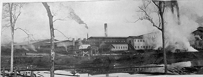 The Jackson Plant, Lockhart, Alabama. American Lumberman 1907, Part 1, January–June 1907, Forest History Society archive.