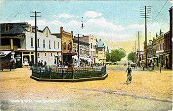 Main Street, Salisbury, North Carolina, circa 1910. Courtesy of the Durwood Barbour Collection of North Carolina Postcards, North Carolina Collection, University of North Carolina at Chapel Hill.