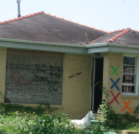 Dorothy Moye, Gentilly neighborhood, searchers' and animal rescue markings, 2007.