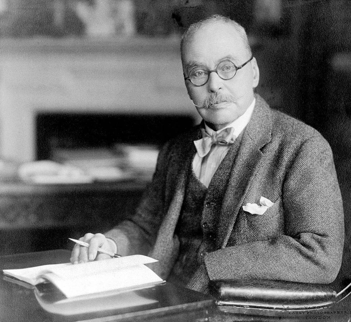 Ronald Ross, date unknown. Courtesy of Wikimedia Commons. Creative Commons license CC BY 4.0.