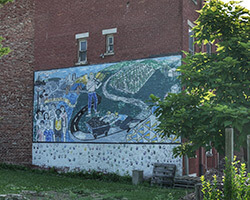 Lower Price Hill Mural, Cincinnati, Ohio, June 23, 2014. Photograph by Lower Price Hill Education Matters/Community Matters. Courtesy of Flickr user 5schw4r7z. Creative Commons License CC BY-SA 2.0.