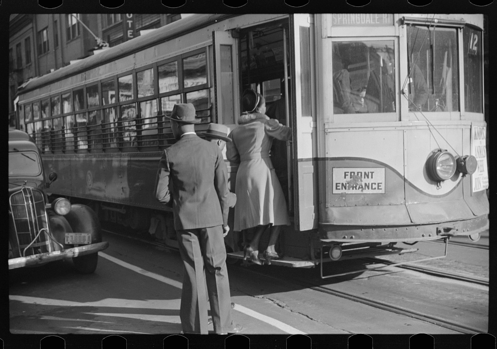 Domestic help boarding streetcar, Atlanta, Georgia, ca. May 1939. Photograph by Marion Post Wolcott. Courtesy of the Library of Congress Prints and Photographs Division, loc.gov/pictures/resource/fsa.8a40003.