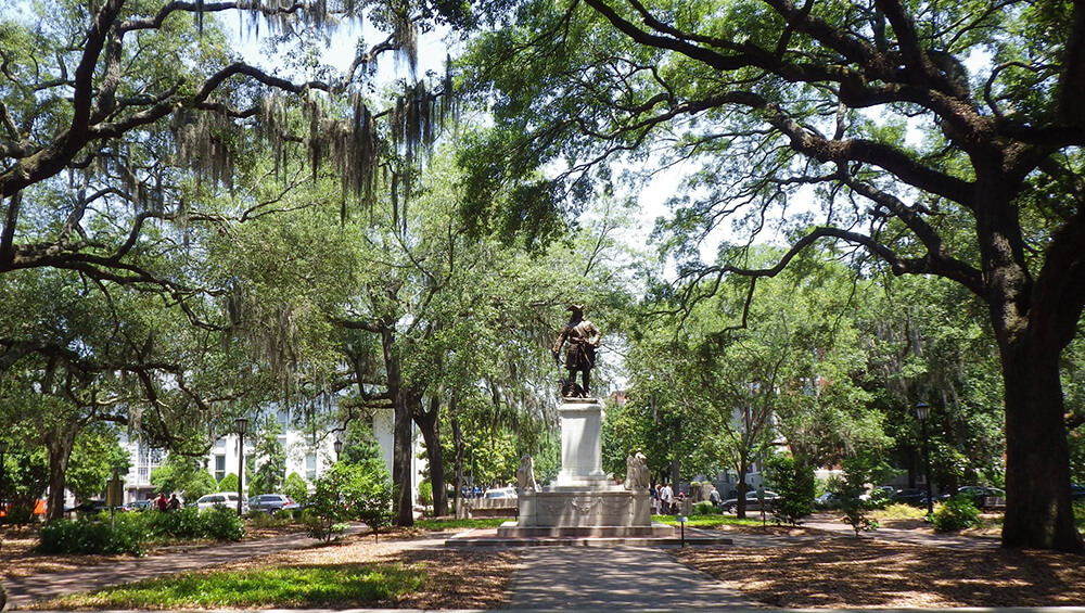 General Oglethorpe Statue in Chippewa Square, Savannah, Georgia, May 22, 2014. Photograph by Flickr user BEV Norton. Creative Commons license CC BY-NC-ND 2.0.
