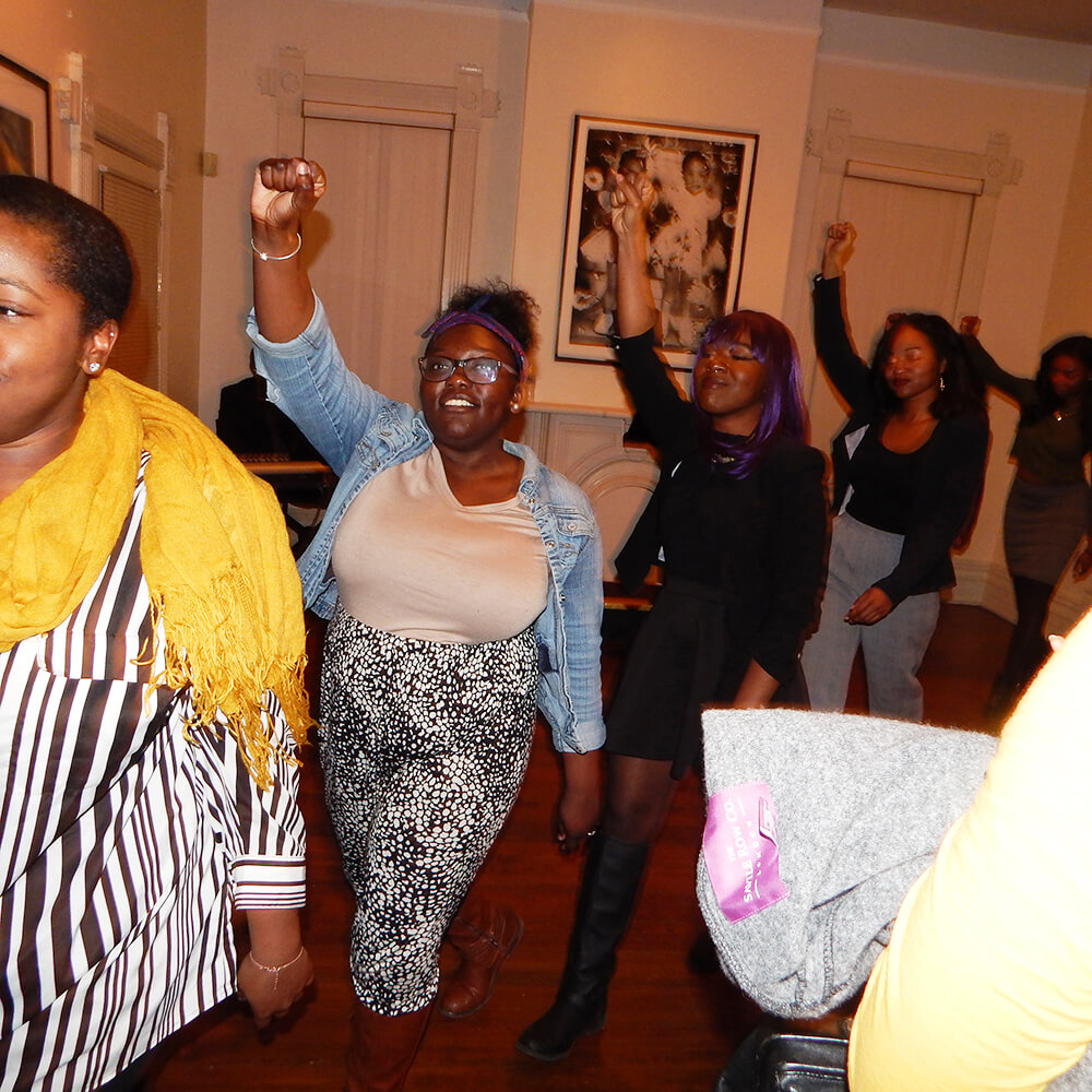 Spelman students perform at the Hammonds House Museum, Atlanta, Georgia, November 22, 2015. Photograph by Jordan Streiff. Courtesy of LiFT Art Salon.