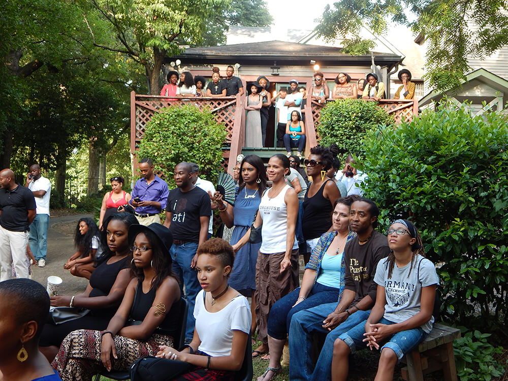 The crowd at LiFT Art Salon, Atlanta, Georgia, July 12, 2015. Photograph by Clint Fluker. Courtesy of LiFT Art Salon.