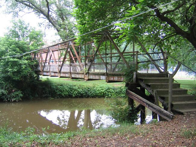 C. Melissa Anderson, WWI memorial footbridge over Big Elkin Creek, Elkin, North Carolina, 2004.