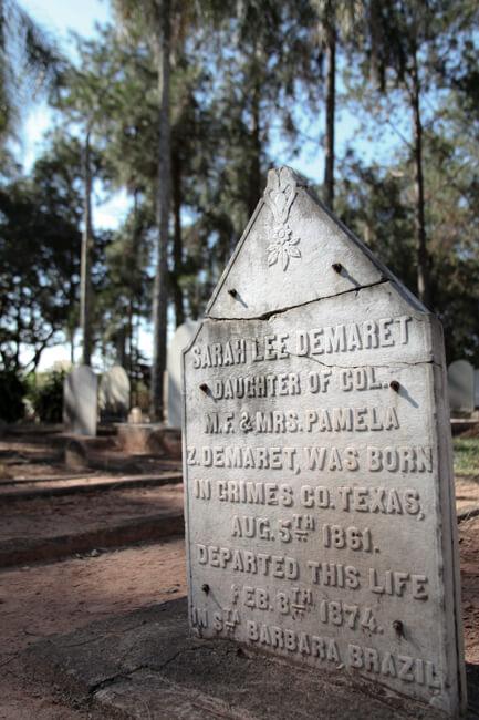 Helena Peixoto, Confederate headstone in American cemetery, Santa Bárbara d'Oeste, Brazil, 2010.