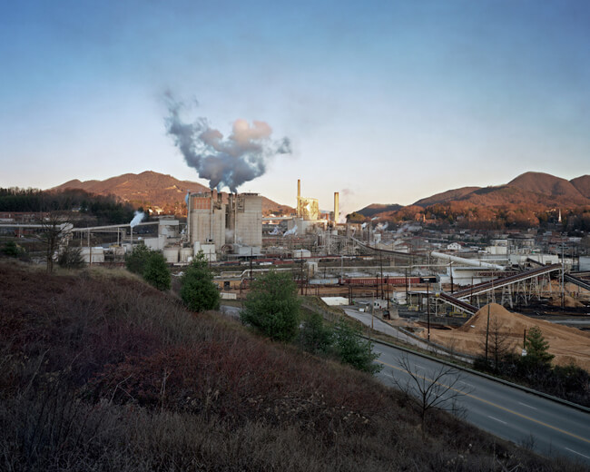Jeff Rich, Blue Ridge paper mill, Pigeon Forge River, Canton, North Carolina, 2008.
