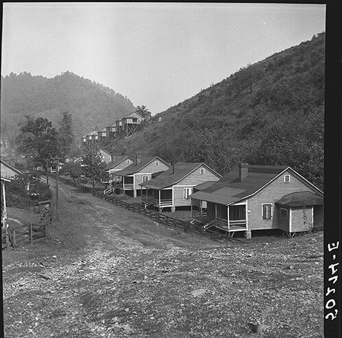 Marion Post Wolcott, Boarded-up homes in abandoned mining town, Twin Branch, Virginia, 1938.