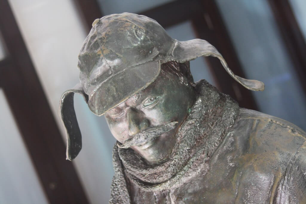 Statue of Ignatius J. Reilly from A Confederacy of Dunces, New Orleans, Louisiana, January 8, 2011. Photograph by Flickr user Todd Murray. Creative Commons license CC BY-NC 2.0.