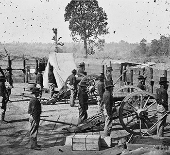 Confederate fort near Atlanta, Georgia, part of the city's inner ring of fortification, 1864. Photographic print by George H. Barnard. Courtesy of Library of Congress.