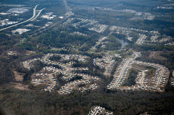 Suburbanizing Atlanta, Georgia, March 31, 2009. Photograph by Maik. Courtesy of Maik, CC BY-ND.