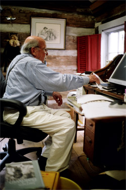 Tom Rankin, Will Campbell at work in his cabin, Mt. Juliet, Tennessee, July 31, 2007.