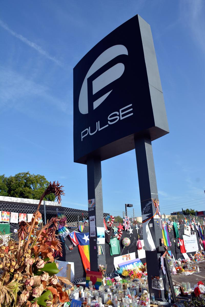 Makeshift memorials at Pulse, Orlando, Florida, August 1, 2016. Photograph by Flickr user Walter. Creative Commons license CC BY 2.0.